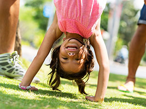 892-fitness-for-kids-the-handstand